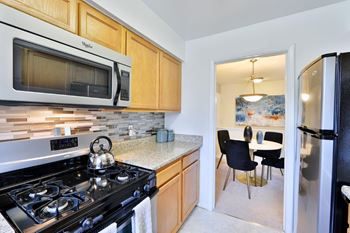 2722 Arlington Drive 1 Bed Apartment for Rent Photo Gallery 1