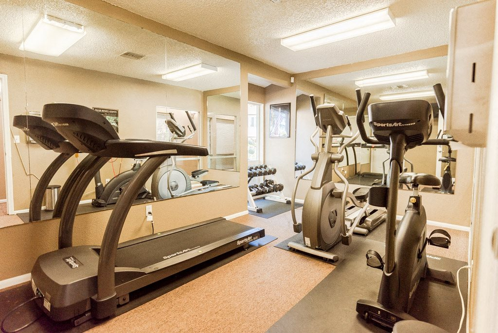 Lakewood Apartments - Arbor Pointe Apartments - Fitness Center