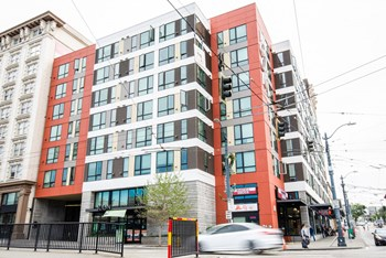 400 S Jackson Street 1-2 Beds Apartment for Rent Photo Gallery 1