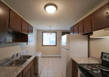 2210 Eldridge Ave E 1-2 Beds Apartment for Rent Photo Gallery 1