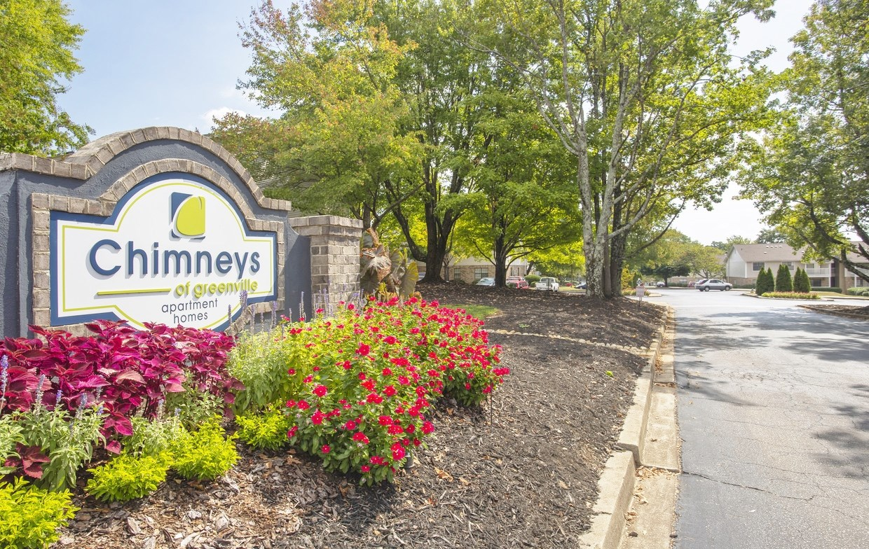 Welcome home to Chimneys of Greenville apartment homes in Taylors, SC