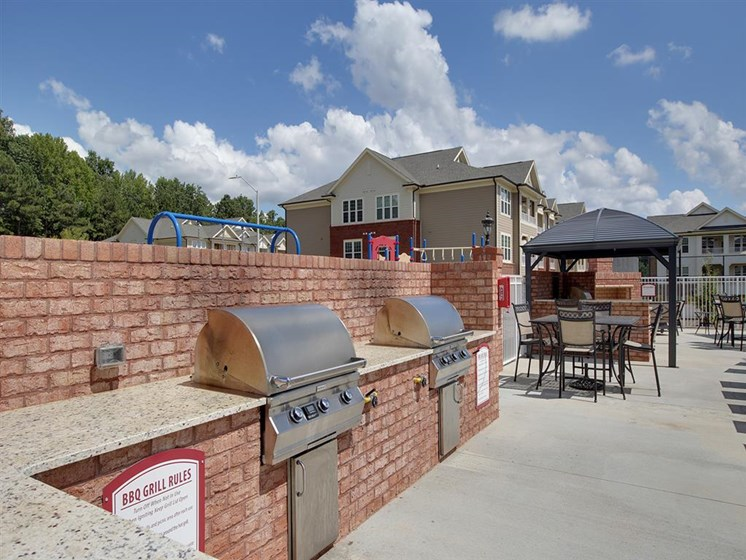Villages at McCullers Walk_grills