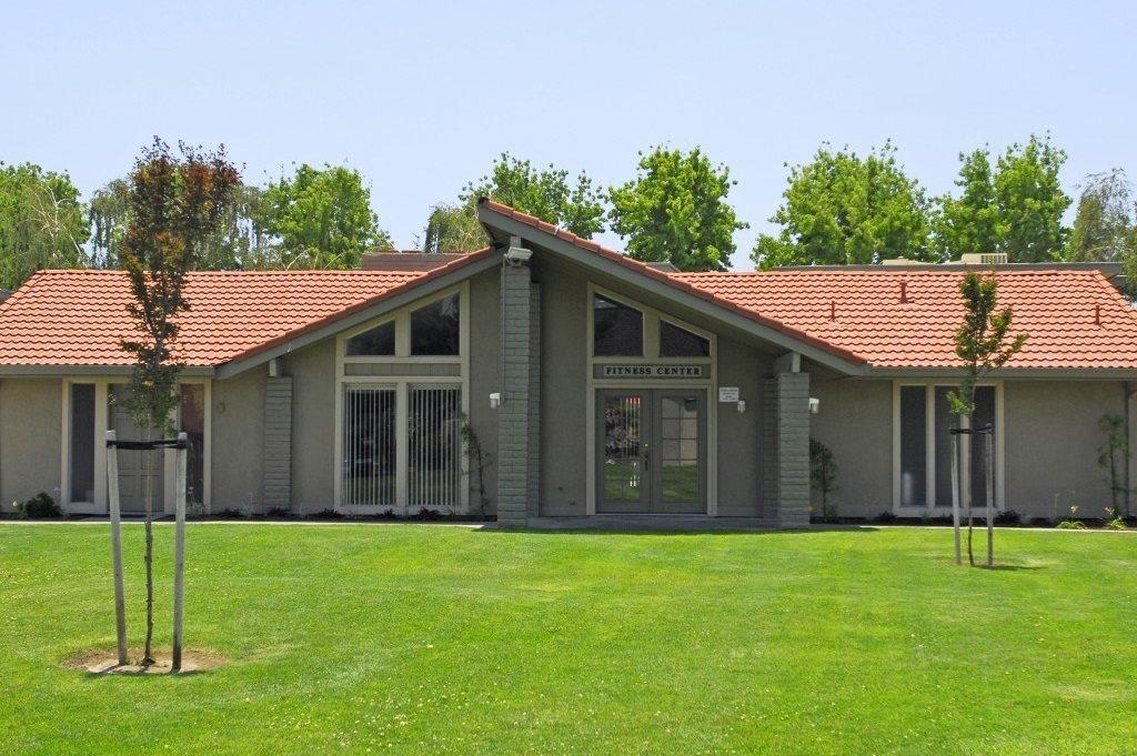 Leasing Office - Fairway Estates, Manteca, CA