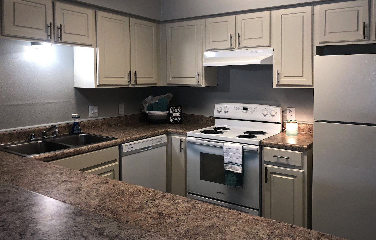 Stylish Kitchen at Pecan Acres Apartments in Lake Charles, LA