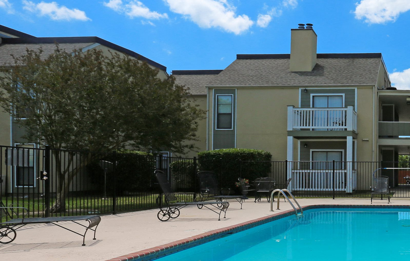 Pecan Acres Apartments for rent in Lake Charles, LA pool and balconies