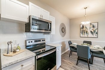 2211 Grand Isle Drive 1-3 Beds Apartment for Rent Photo Gallery 1