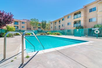 43862 15th St. 1-2 Beds Apartment for Rent Photo Gallery 1