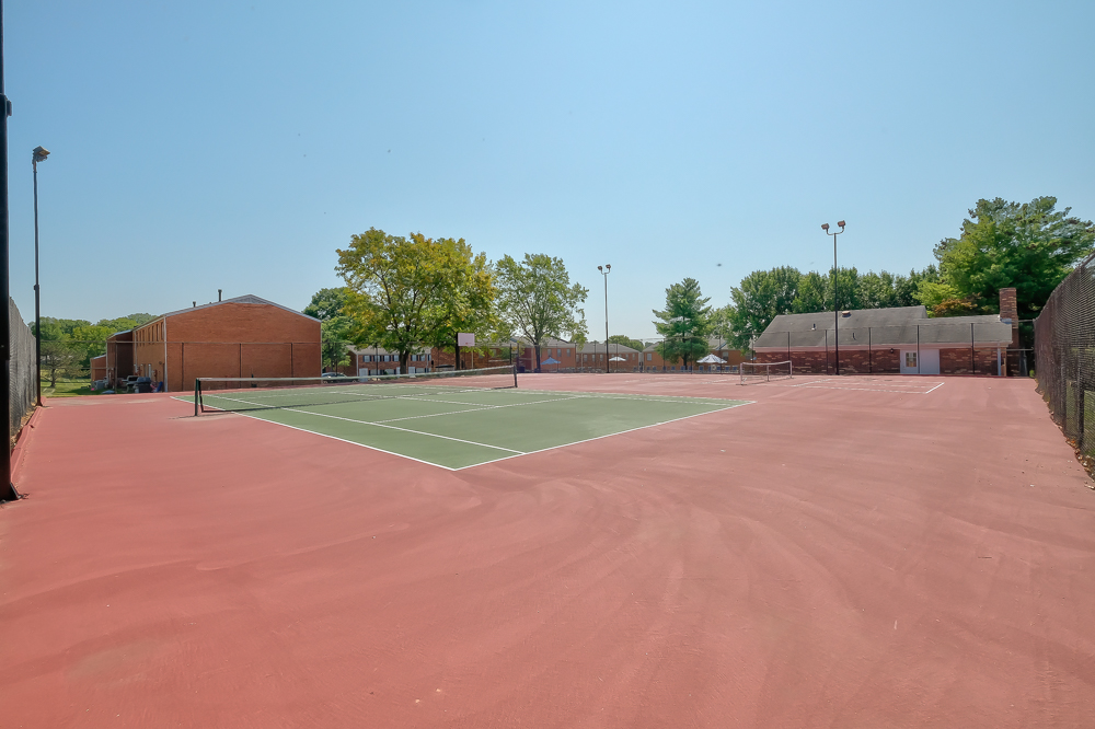 South Woods  Tennis Courts