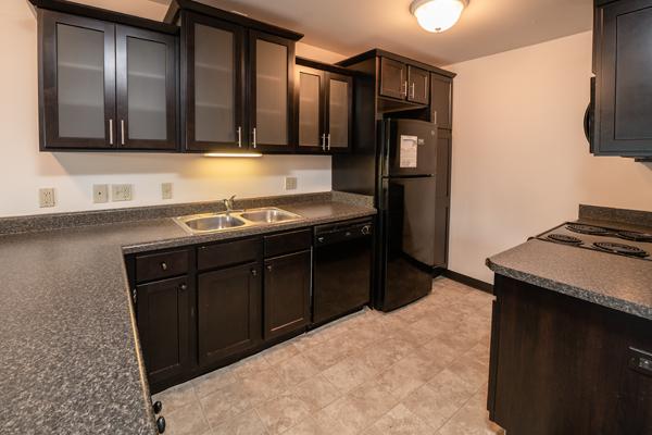 Americana Apartments B | East Lansing Apartments Near Michigan State University