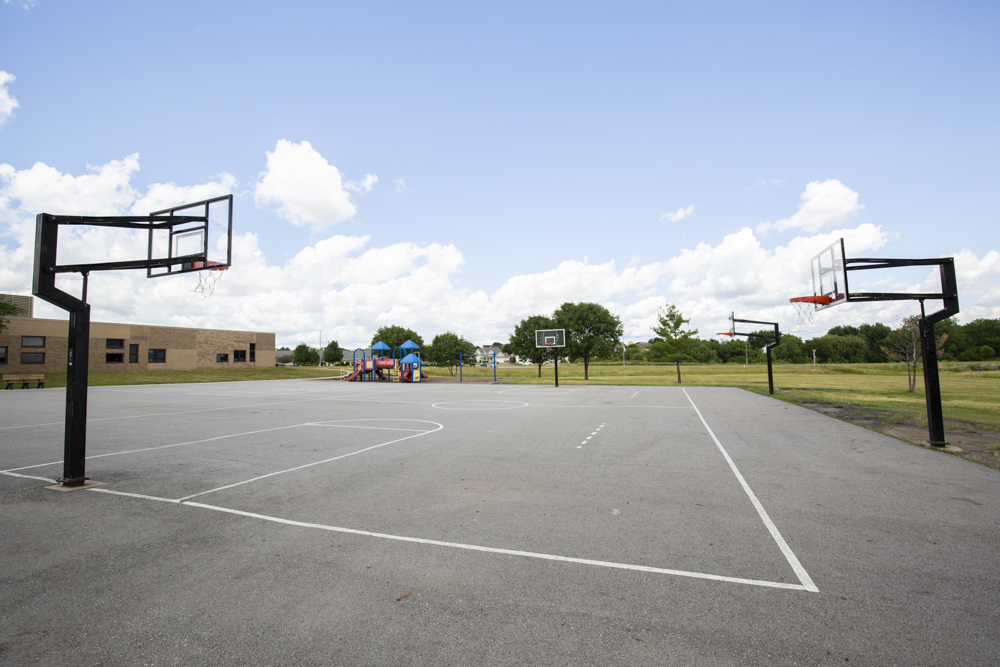 Basketball court near 360 at Jordan West apartments in west des moines iA
