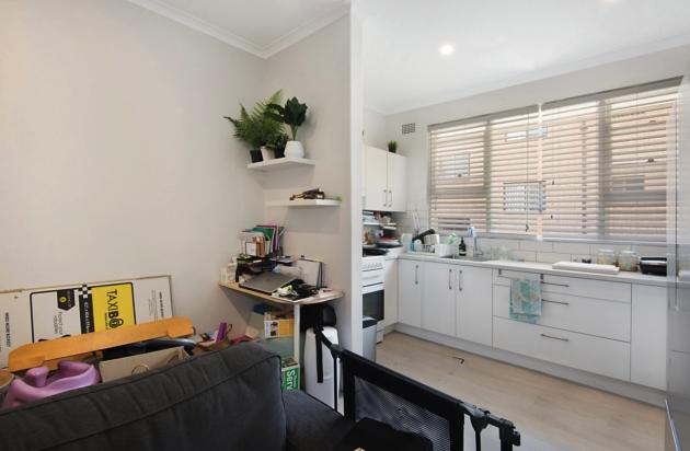 kitchen & study nook