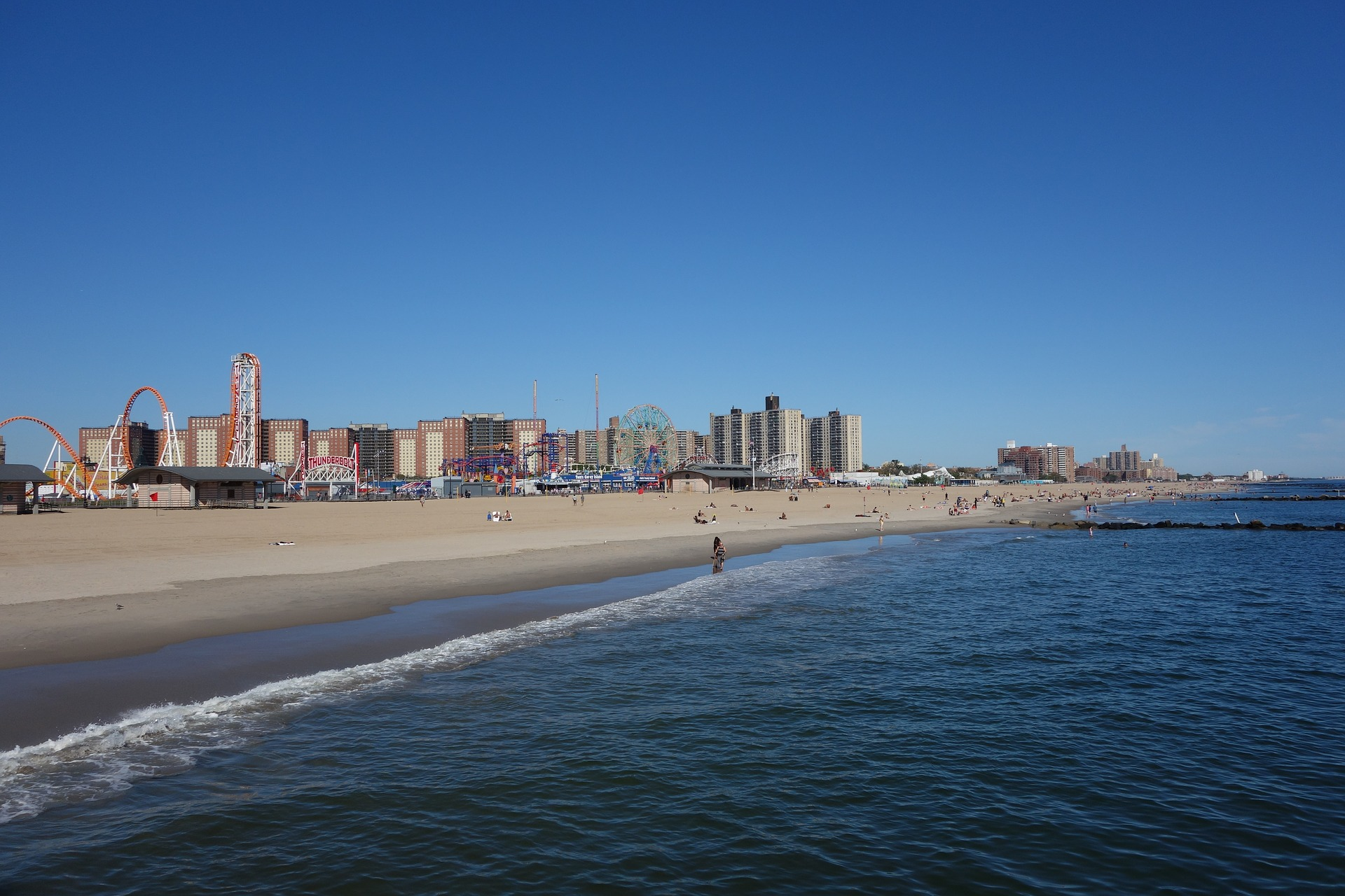 Top 7 NYC and Long Island Beaches for Apartment Renters