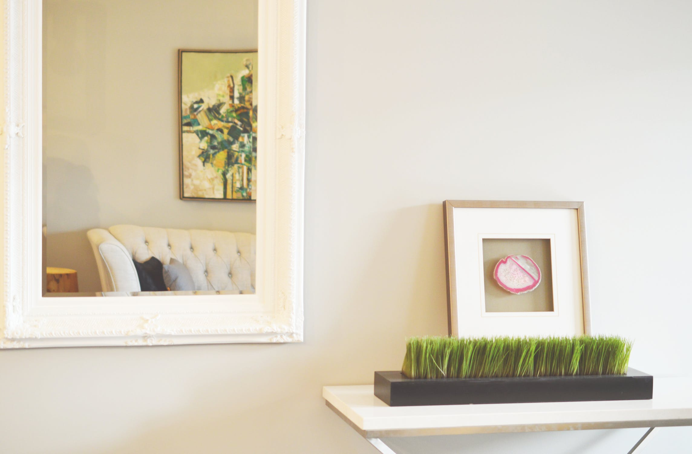 HOW TO DECORATE YOUR APARTMENT WITH MIRRORS - Riello Blog