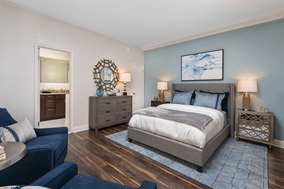 The Belden-Stratford Bedroom