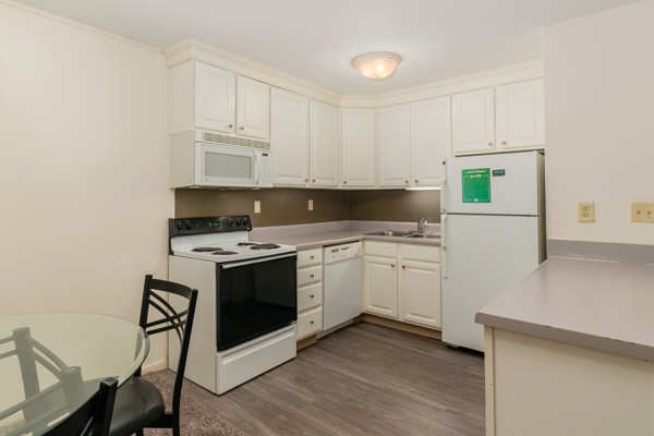 Haslett Arms Apartments | East Lansing Apartments Near Michigan State University