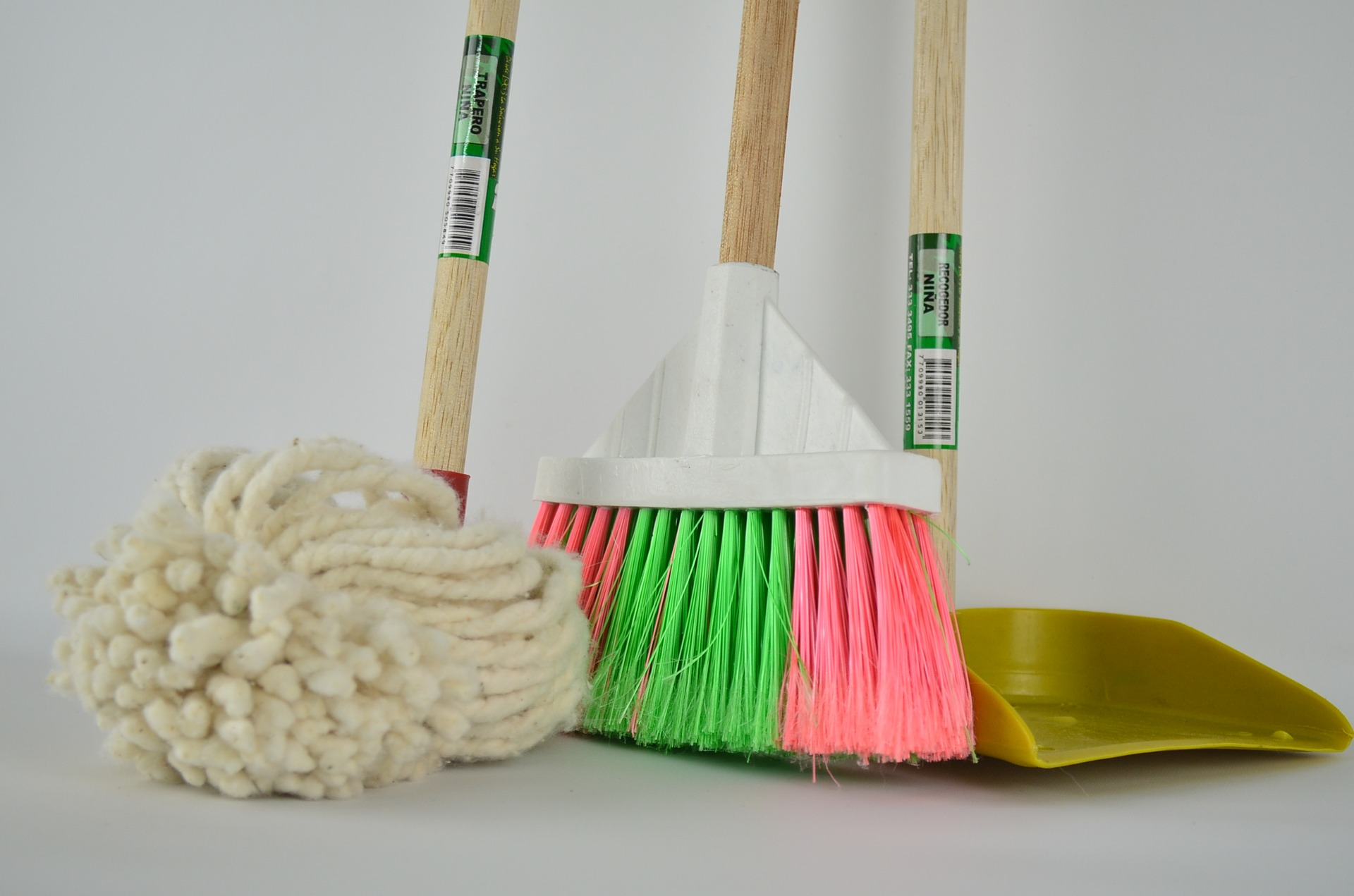 Mops, Broomes, Cleaning Supplies