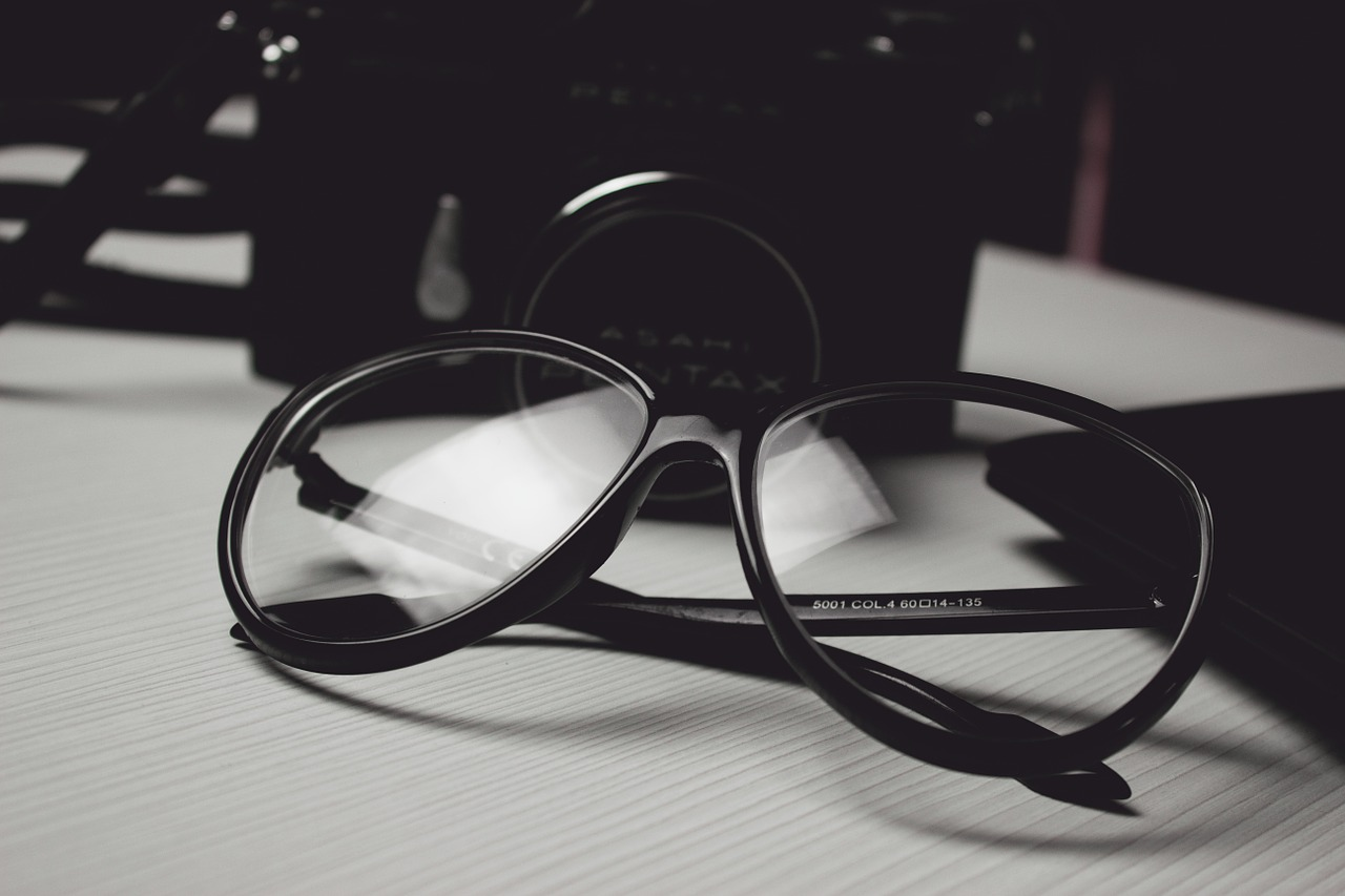 glasses on page