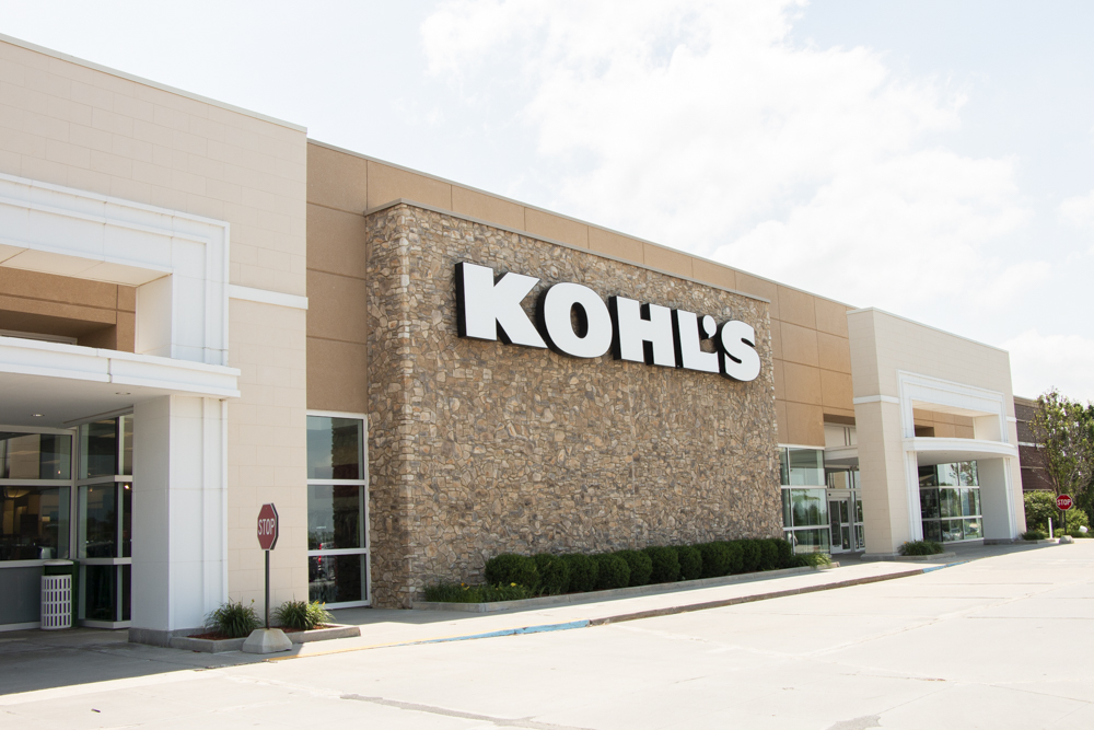 Kohl's department store near WH Flats luxury apartments in south Lincoln NE 68516